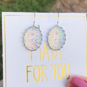 ✨NEW✨Clear Iridescent Druzy Earrings!
